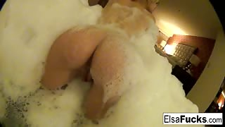 Elsa Jean naked bath time