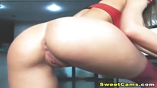 Nice Round Ass Webcam Teen