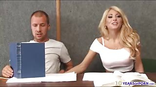 Horny and hot blonde Kayla Kayden gets banged inside the classroom