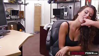 Victoria Banxxx fucking the pawn guy for big cash