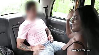 Ebony babe swallows cum in taxi