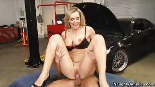Fleshy Mom Tanya Tate Tongues & Nails Juicy Pole