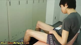 Teen asian twink cums