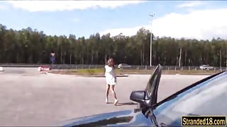 Kinky teen Foxi Di analyzed by stranger dude in public