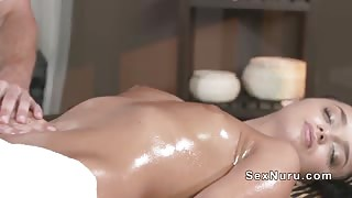 Masseur gets deep throat and fuck