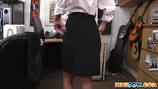 Hot card dealer fucked in pawn shop and facialized