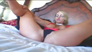 Aroused Blonde Body-Builder Cutie Masturbating Vagina Using Dildo And Gets Pounded